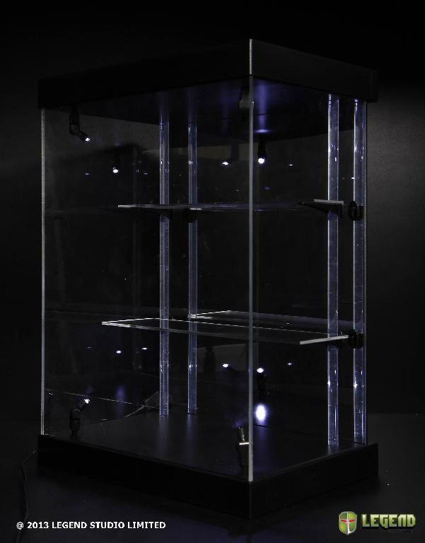 preorders master light teche e vetrine per statue e minifigures con luci a led fumetteria. Black Bedroom Furniture Sets. Home Design Ideas