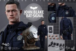 Preorders: Hot Toys – Batman The Dark Knight Rises John Blake & Jim Gordon Bat-Signal Set