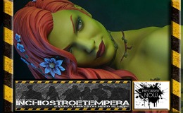 Preorder: Sideshow Collectibles – Poison Ivy Premium Format™ Figure
